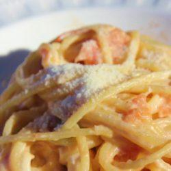 Spaghetti al Pomodoro con Ricotta (Ricotta and Fresh Tomatoes)