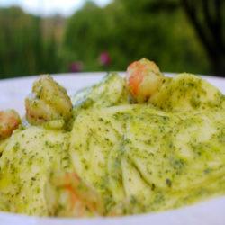 Corxetti al Pesto con Gamberi (Shrimp)
